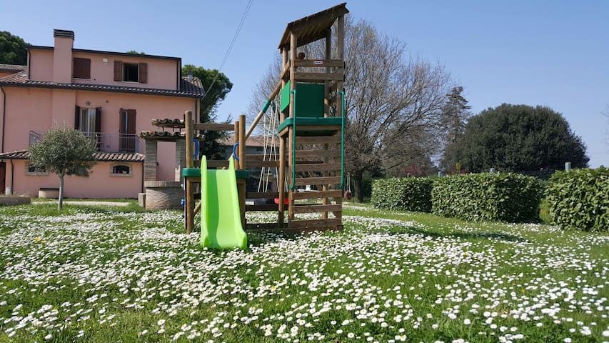 1 Campagna,collina,mare, mirabilandia - Forlì - Byt