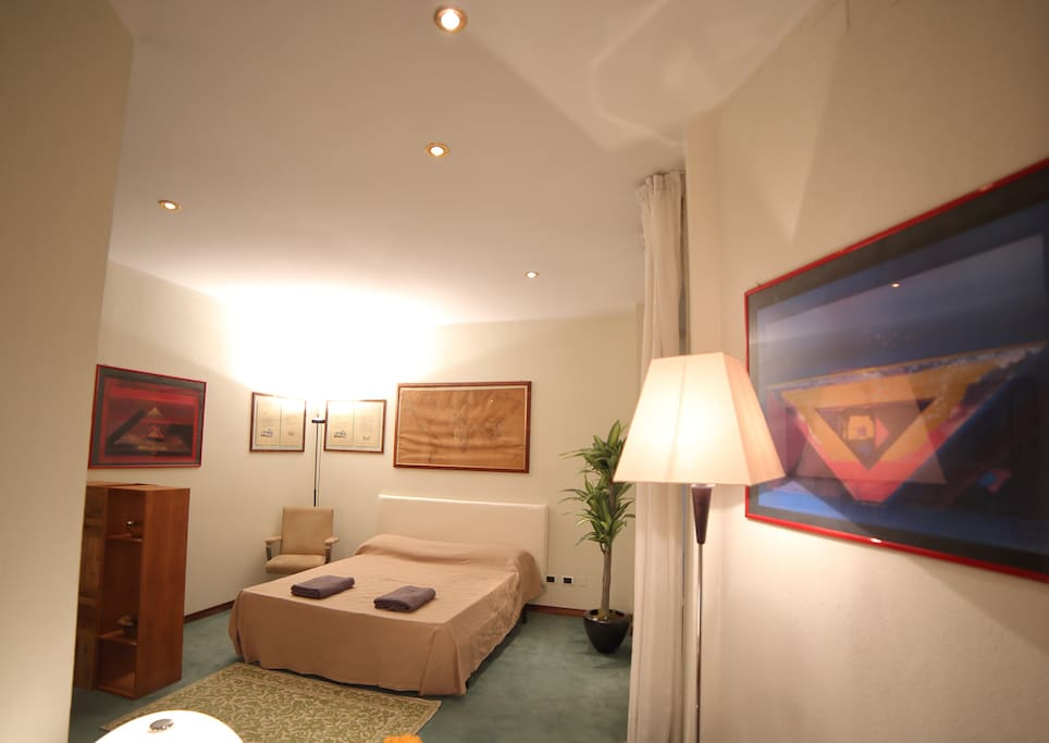 double bed corner