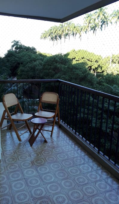 Varanda com linda vista / Balcony with awesome view
