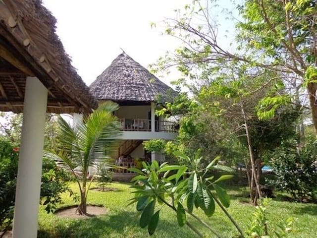 Eurika guest villa with two balconies / pool