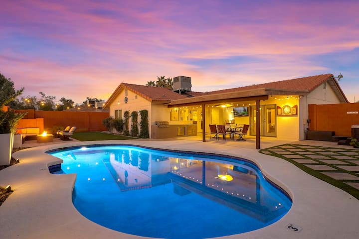 Siesta Pacifica!!! Elegant 3 BR w/ pool, spa