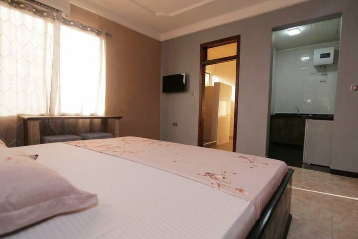 Welcoming rooms and homely feel. Great value accommodation in the heart of East Legon, Accra, Ghana.