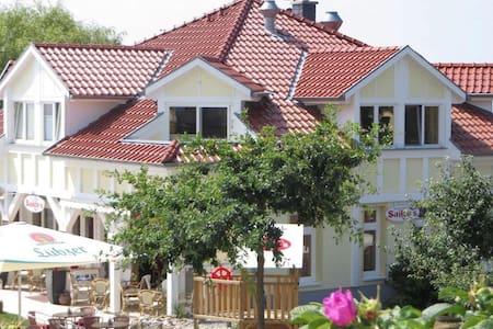 Hafenvilla Sailors Nord -Strand-familienfreundlich - Rerik