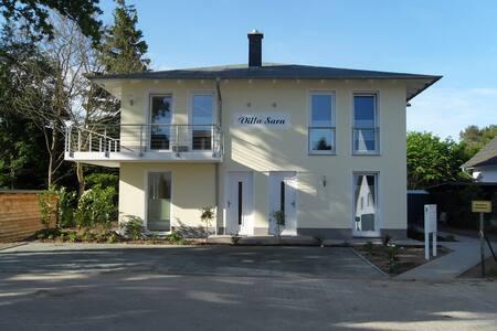 Villa Sara - Wohnung mit Balkon - Göhren