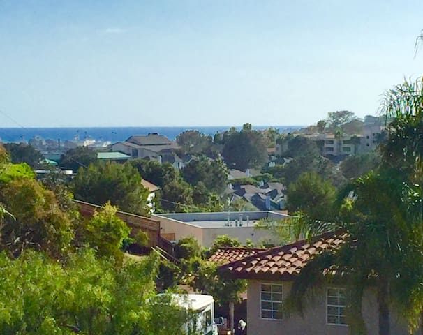 2BR Ocean View Beachy Living! - Solana Beach - Apartment