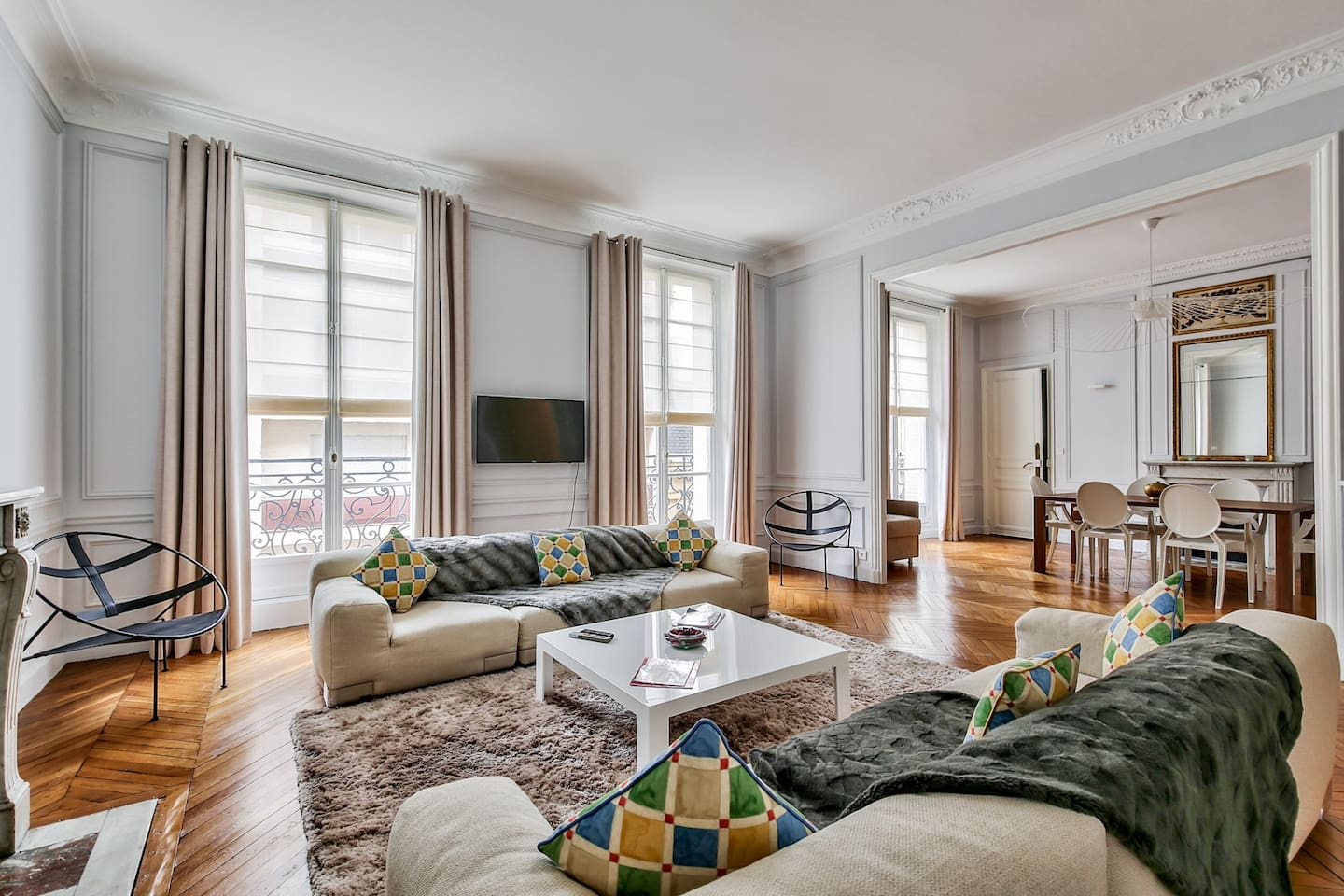 Elegant and spacious pied-à-terre, 16th arrondist - Apartments for ...