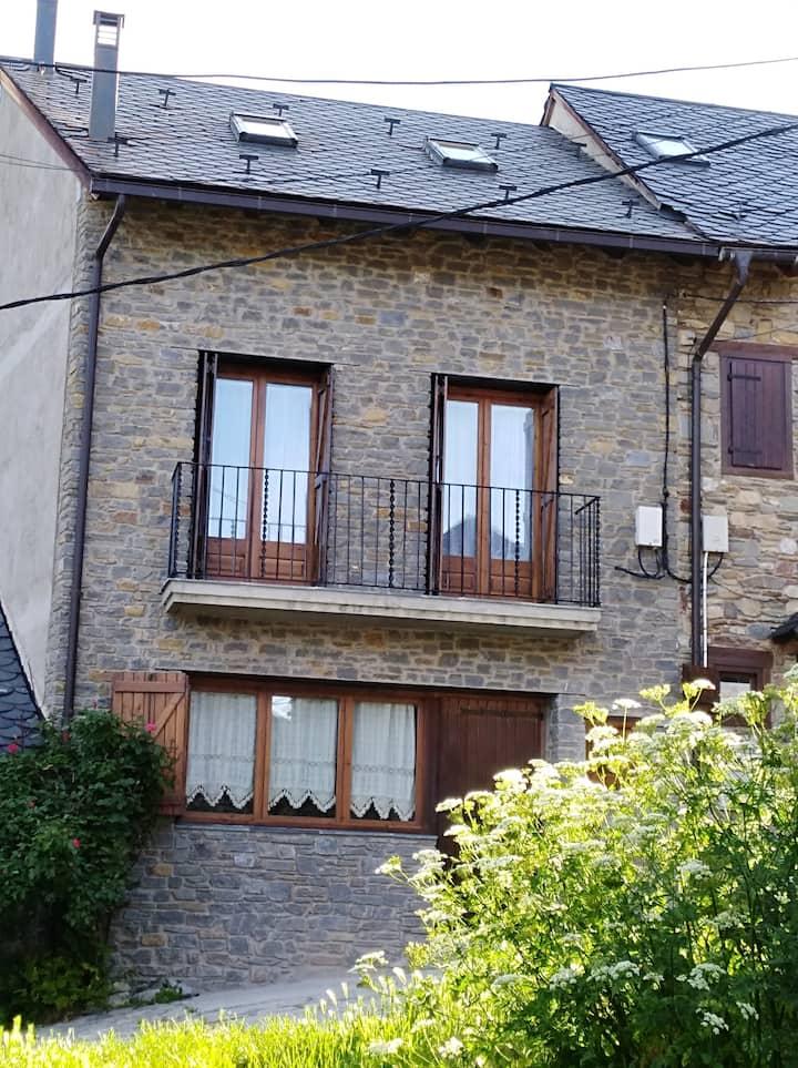 Casa en Son - Alt Àneu, pleno corazón del Pirineu.
