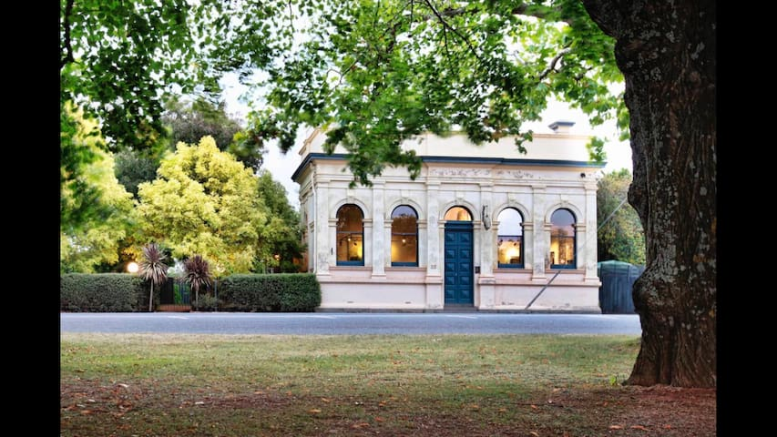 The Lancefield Branch: historic bank, 4pm checkout