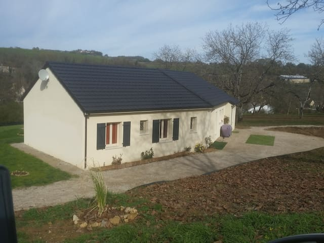 Tres belle maison neuve - Azerat - House