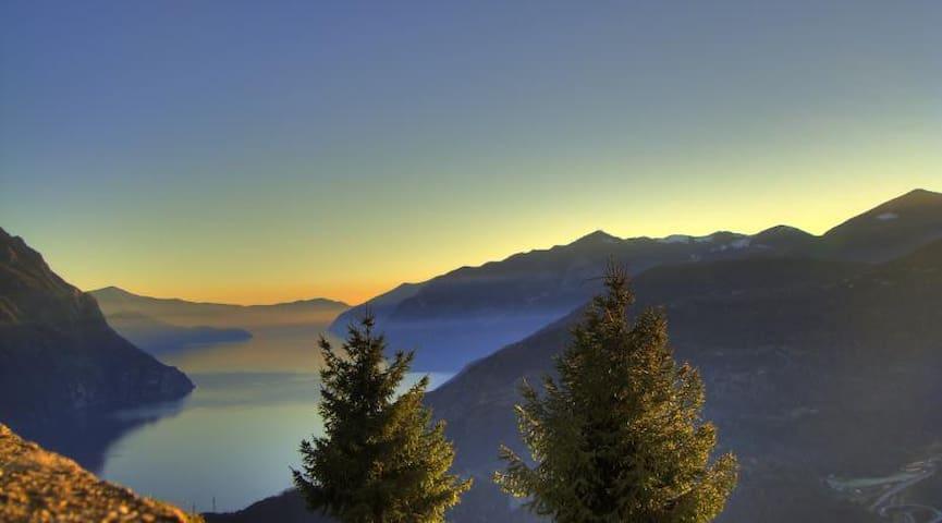 Il lago da Bossico