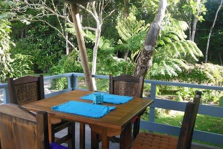 Pomme Cannelle Bungalow - Païta - Szoba reggelivel