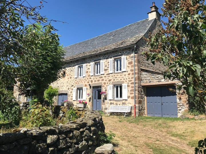 La Maison d'Angèle au coeur du Cantal