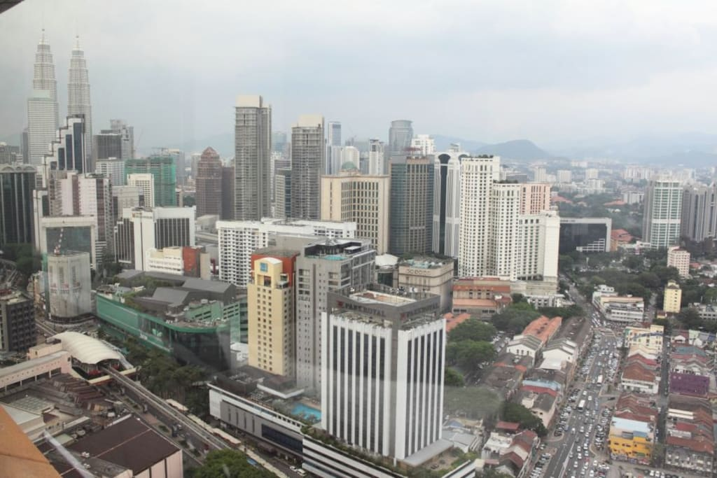 View of Petronas Twin Tower & Bukit Bintang shopping strop from suites