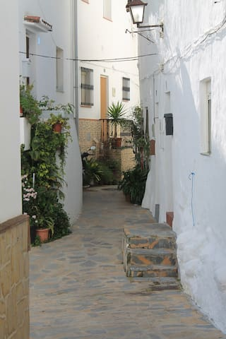 Andalusian House in white village - Casares