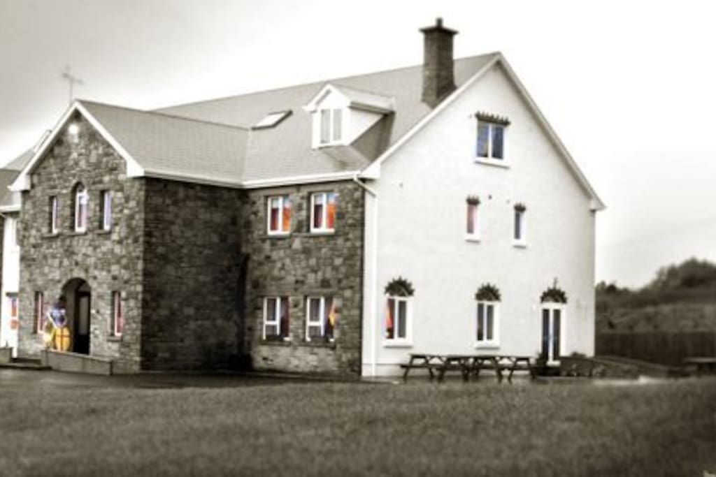 Donegal Manor from the outside.