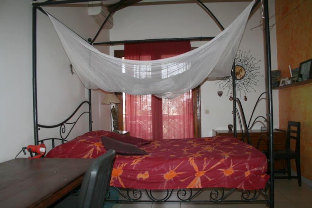 Vue sur le jardin guesthouses for rent in dakar dakar for Le jardin almadies