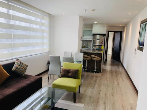 Modern Suite in front to Carolina Park!