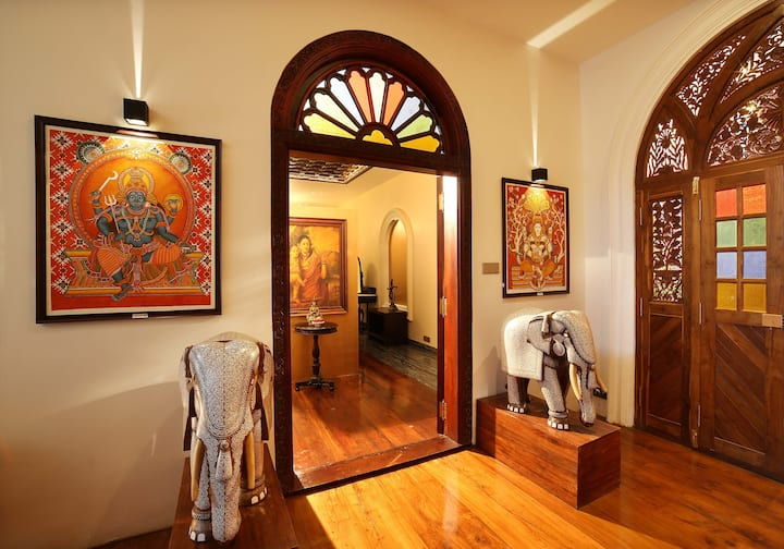 Ginger House Museum Hotel - Kings Chamber