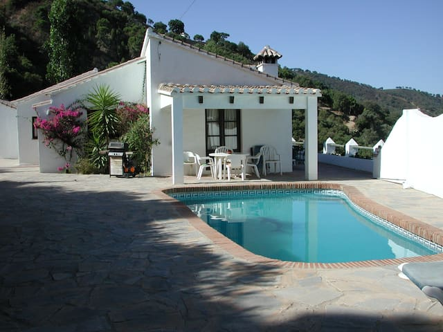 Andalusian Privat Villa with pool