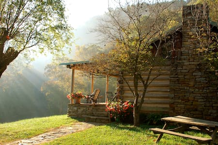 Cabin on the River at the Bare Farm - Lexington - Kabin