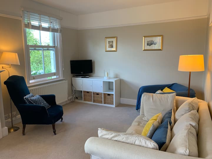 Lovely 2 bedroom flat in Chichester