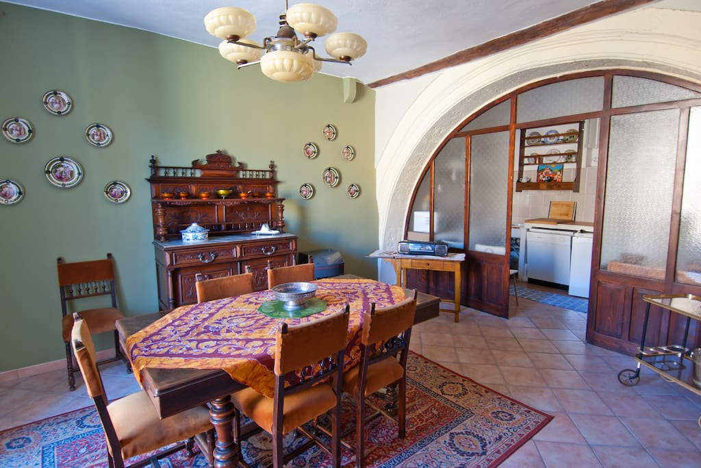 The dining room and in the back the kitchen