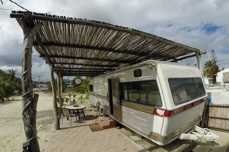 "Beachfront RV ""Cachalote"" - Los Barriles - Camper/RV"