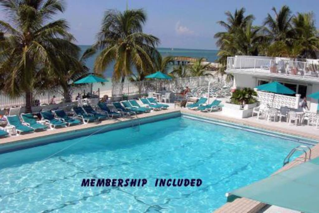 3br 2b Pool Cabana Club Houses For In Key Colony Beach Florida United States