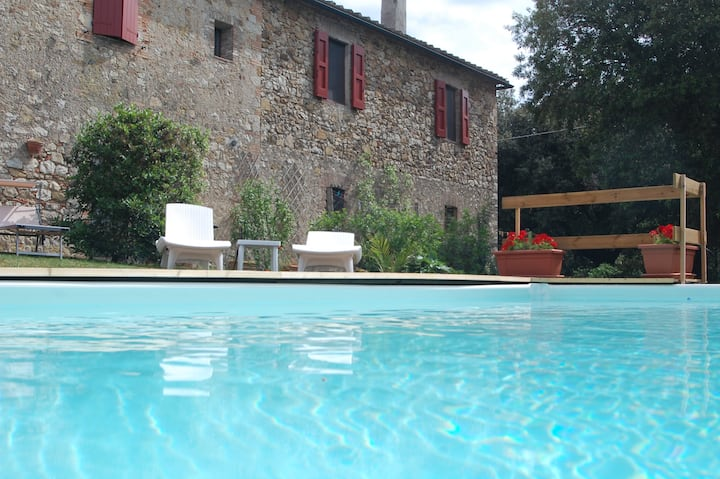 Villa close the thermal of Petriolo. Pool / Wi-Fi