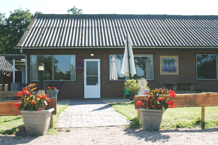 Little Creek Prairiehouse, schitterende locatie! - Renesse