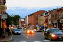 Downtown Hallowell is just a few steps away.