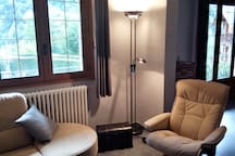 Salon - canapé d'angle + 2 fauteuils