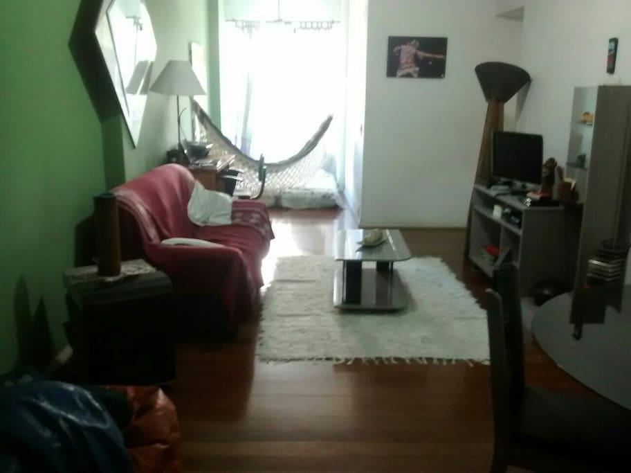 Sala ampla em 2 ambientes