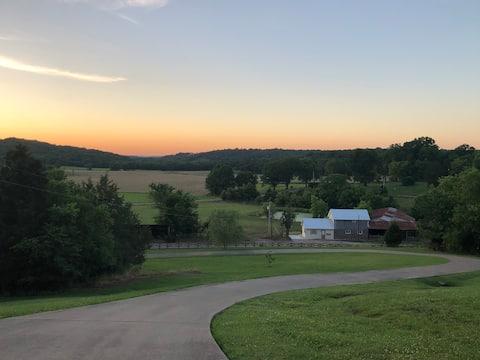 Pleasant Valley Farm Dairy Barn writer's retreat
