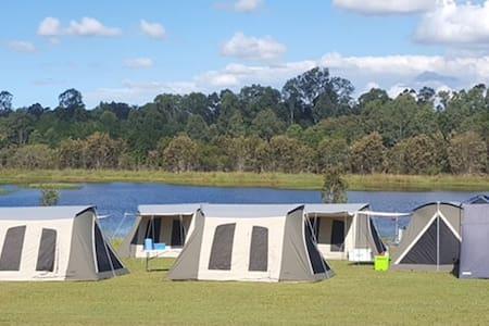 Camping @ Bushy's