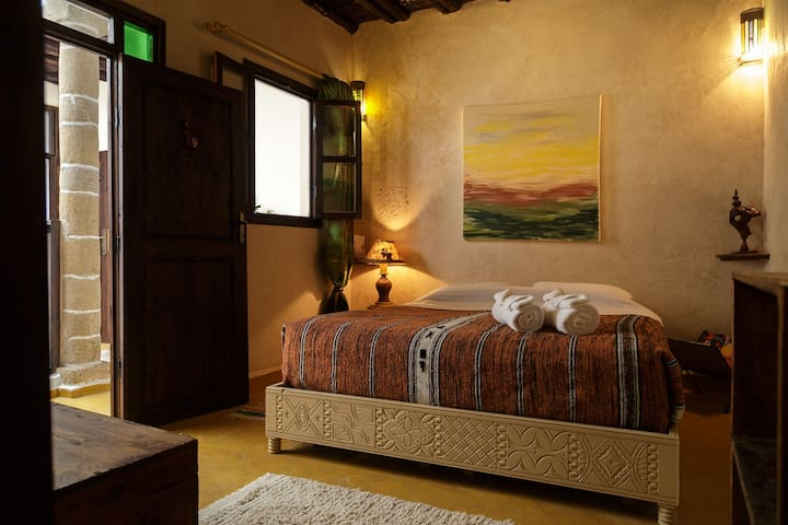 "Rustic but cozy room ""Cedarwood"". - Essaouira - Bed & Breakfast"