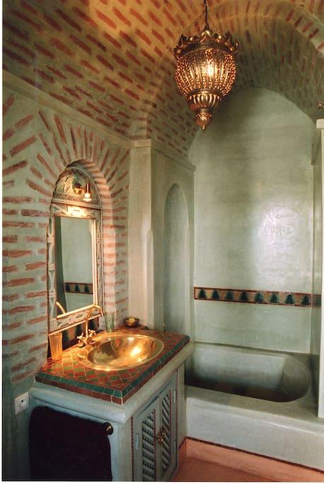 Magnifique Salle de Bain Almoravide en tadelak