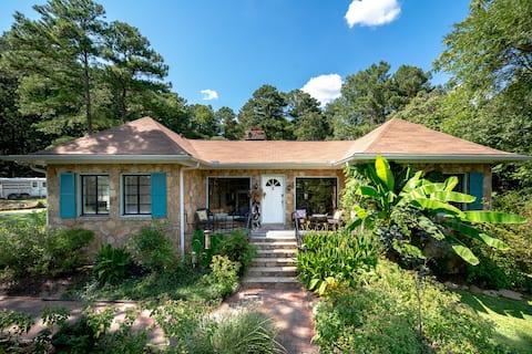 Stone Villa on Barefoot Paths Farm+ pool