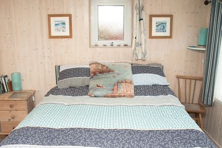 Sunny, cosy self contained annexe in Swanage - Swanage - Altro