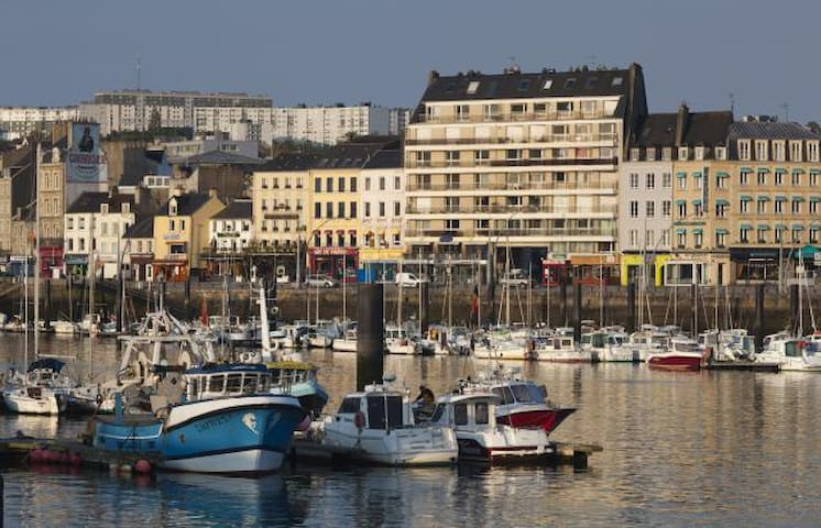 GUIDEBOOK Cherbourg