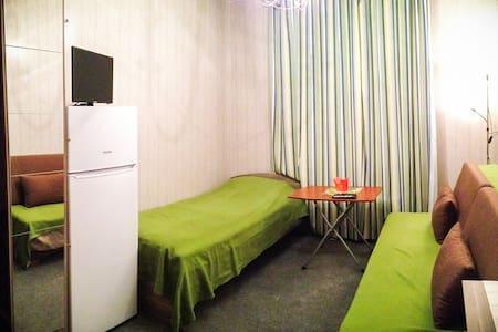 Сдается студия посуточно - Красногорск - Apartamento