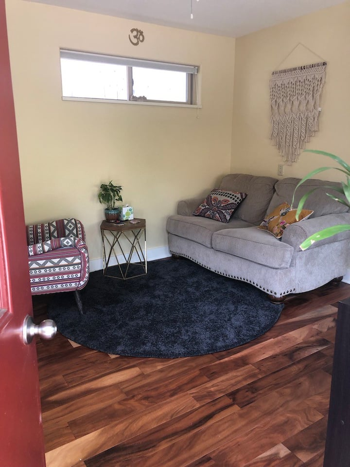 Cozy Studio Near Downtown Ashland
