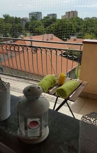 Nice, basic apartment for 4 with big balcony - Kraków - Appartement