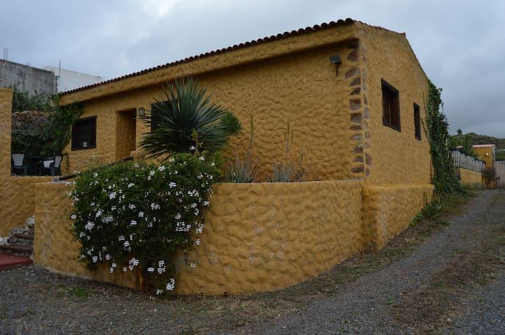 Casa rural en Arafo con piscina - Arafo