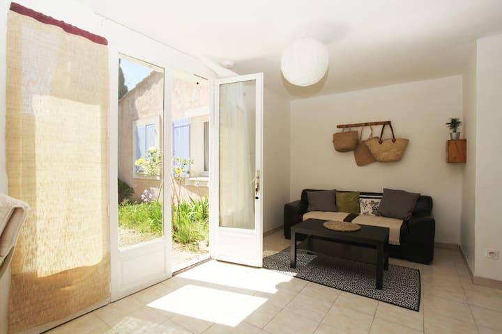 Appartement 35m2 avec petit jardin