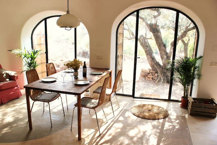 Domed Cave House in Catalunya - Tivenys - 洞穴