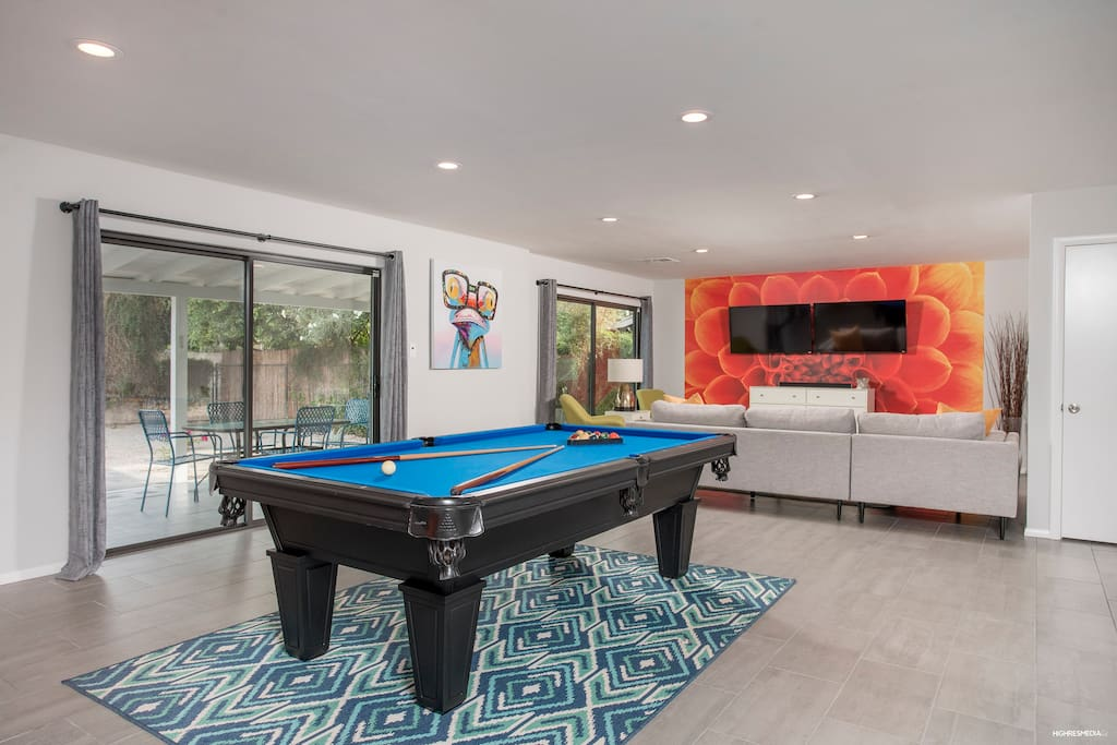Open Concept Living/Dining/Kitchen is amazing for entertaining!