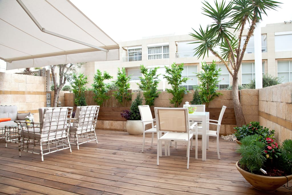 herzliyya singles Jerusalem real estate by pablo krell apartments israel ltd is a real estate agency in jerusalem on this site, you will find listings for both tel aviv apartments and jerusalem apartments that are available for rent.