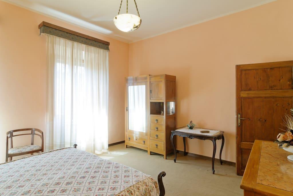 Casa vacanze la finestra sul lago apartments for rent in for Casa lago apartments