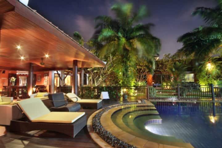 Villa Adikan Luxury villa for rent